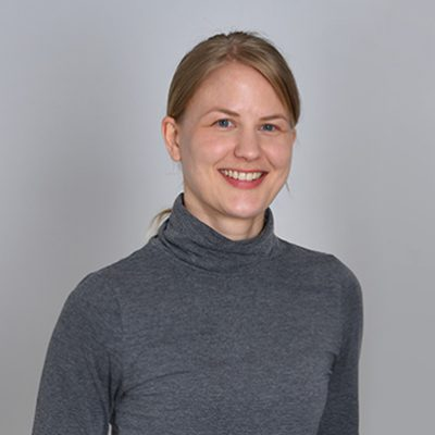 https://www.fitforprofit.ch/wp-content/uploads/2021/06/tikka_design_Portrait_Tina-400x400-1.jpg